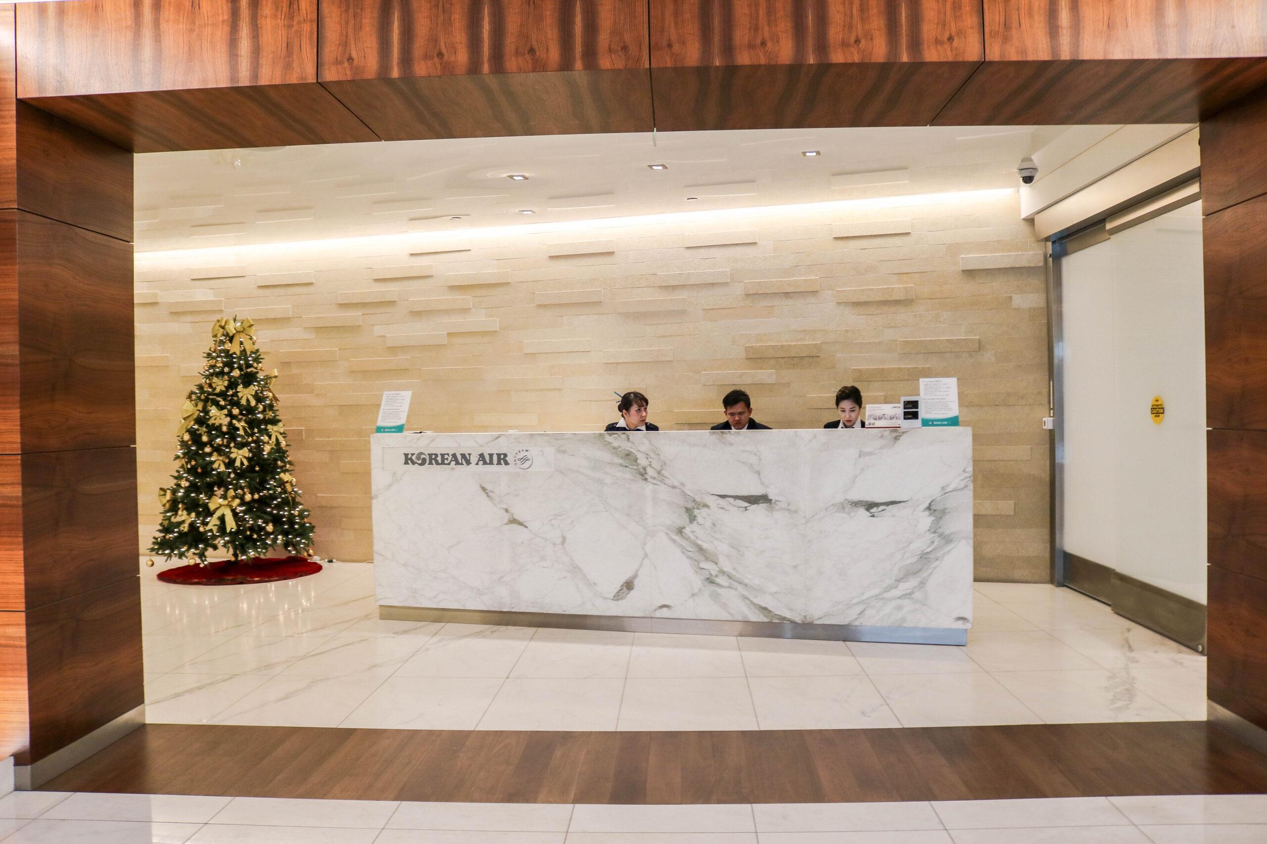 Korean Air Business Class Lounge at LAX Airport