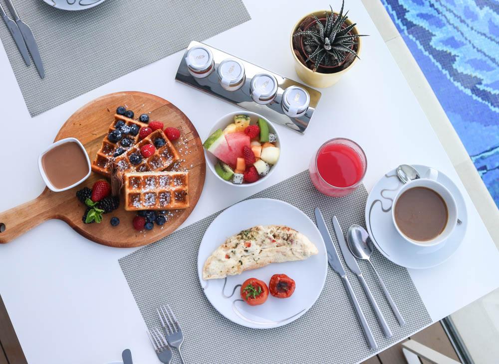 burj-al-arab-dubai-breakfast