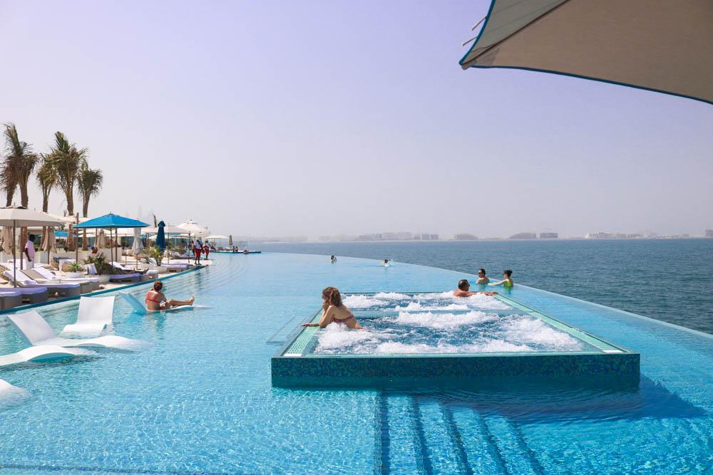 burj-al-arab-dubai-pool-infinity