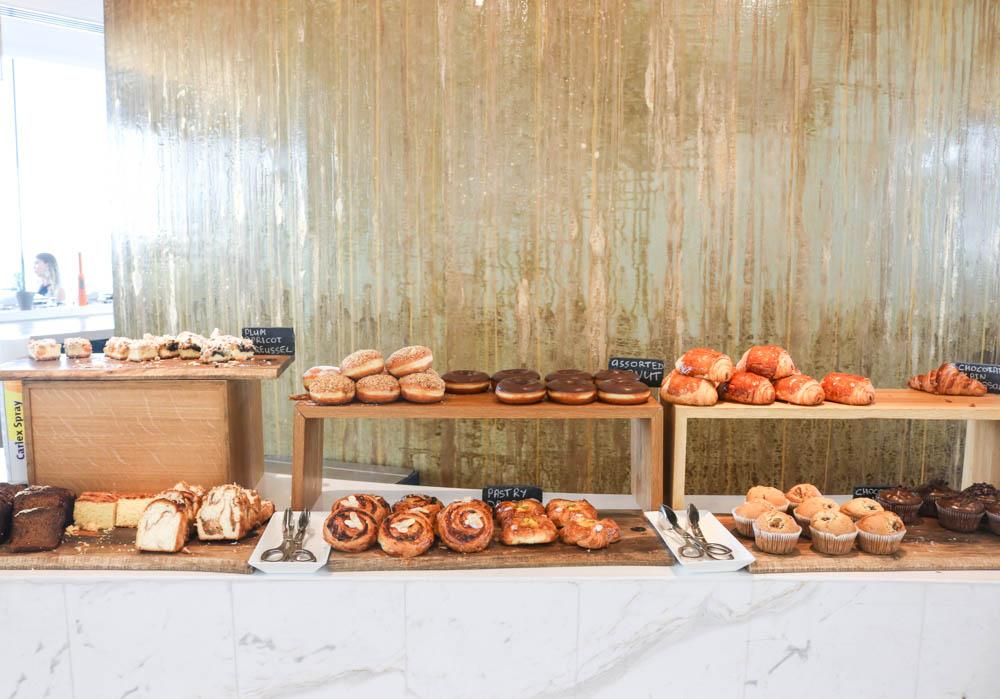 burj-al-arab-breakfast