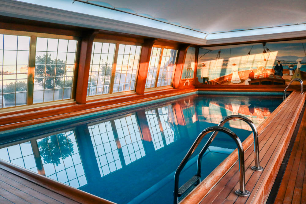 Hotel Review: Le Bristol Paris